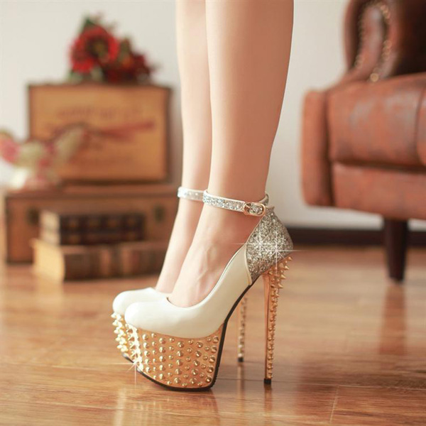 Fashion Round Closed Toe Platform Rivet Embellished Stiletto High