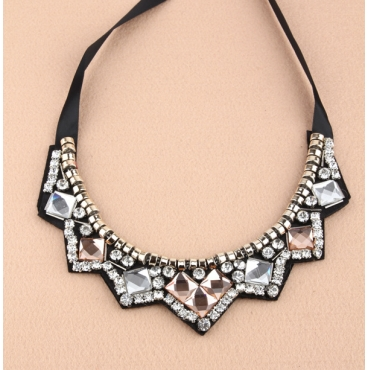 Fashion New Style Character Crystal Necklace