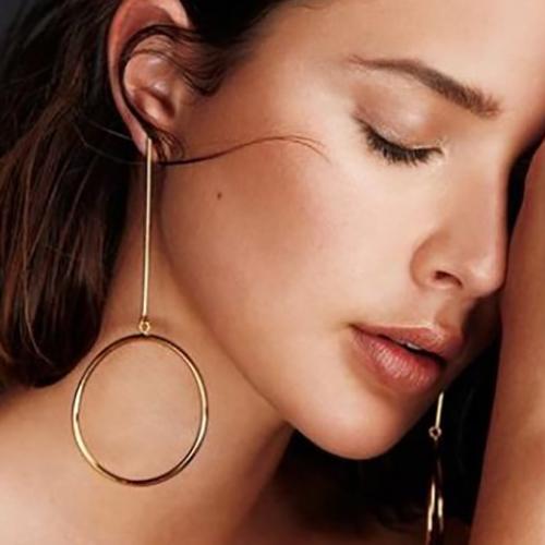 Euramerican Geometric Circles Decorative Gold Metal Earring