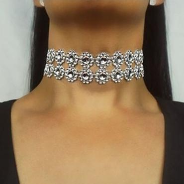 Fashion Rhinestone Decorative Silver Crystal Necklace