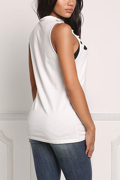 Sexy V Шея без рукавов полые из белого полиэстера футболку