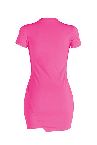 Ocio cuello redondo mangas cortas agujeros rotos rosa mini vestido de poliéster rojo