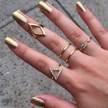 Fashion Hollow-out Gold Metal Ring