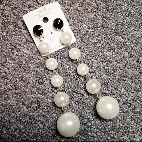 Fashion Pearl Decoration White Earring( Pair)