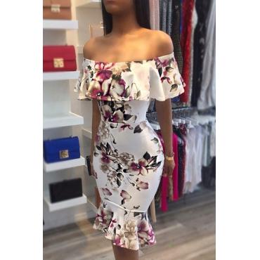 Stylish  Dew Shoulder Short Sleeves Floral Print White Milk Fiber Sheath Knee Length Dress